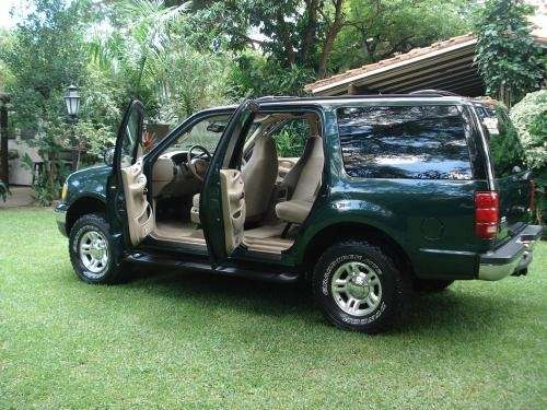 Vagoneta ford expedition xlt año 2001 4x4