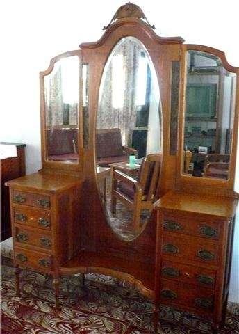 Compra venta de muebles antiguos restauracion muebles - Muebles antiguos malaga ...