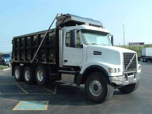 Fotos de Volvo, camiones, volquetas, caterpillar y otros 3