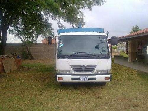 En venta camion nissan condor mod. 2000