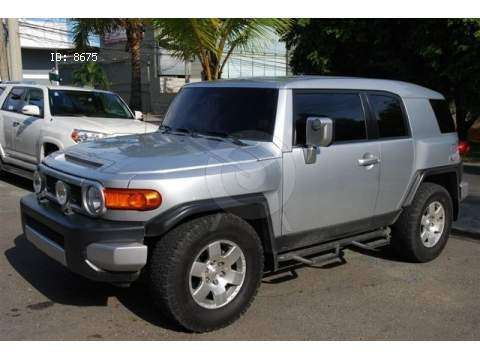Toyota FJ CRUISER $ US 6000 2