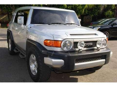 Toyota FJ CRUISER $ US 6000 1
