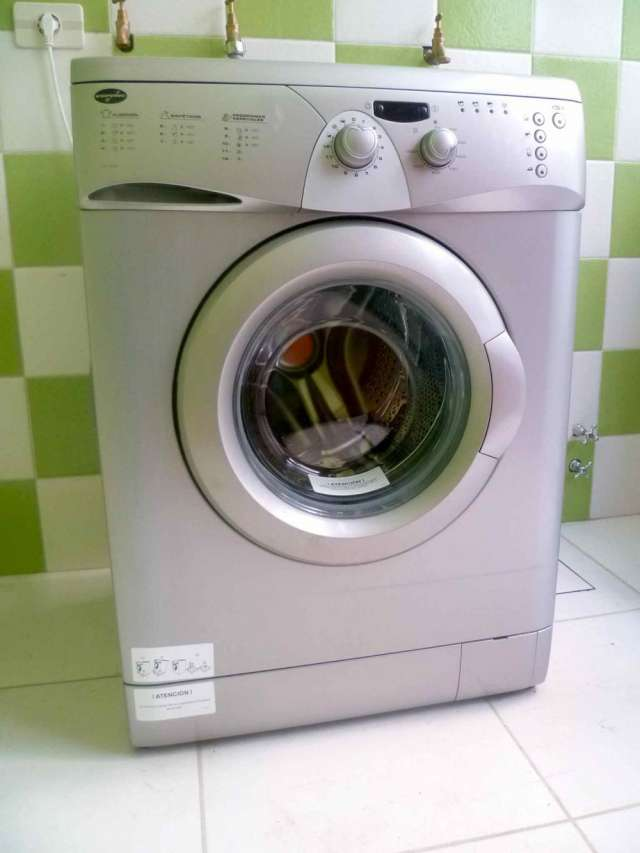 Vendo lavadora (lava-roupa) eurotec ve-1252