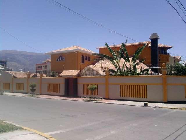 Por La Vida Y La Alegria Hermosa Casa En Venta En Cochabamba Zona Norte