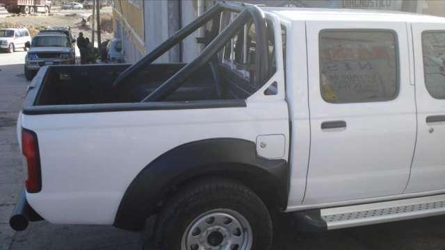 Fotos de Vendo camioneta nissan 2007 original japonesa, doble cabina, manual 4x4, en buen 3