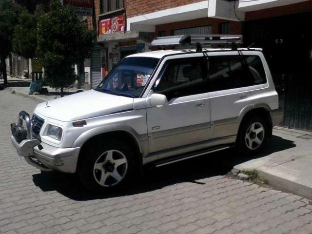 En venta, vagoneta suzuki escudo 1995