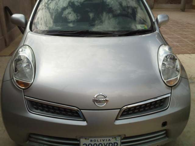 Fotos de Vendo nissan march modelo 2009 color plomo impecable 1