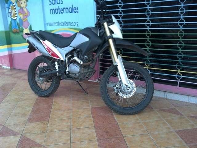 Moto montero bross 250cc papeles en orden