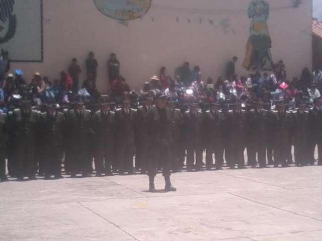 Fotos de policia boliviana material para ascenso de grado 2014 - 2015