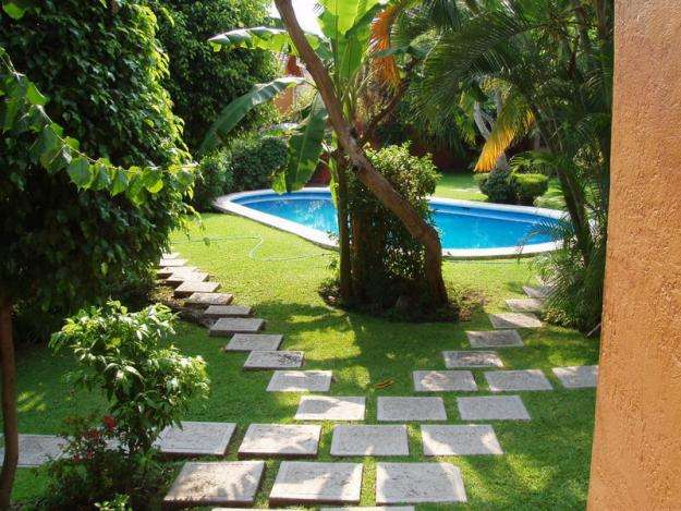 Piscinas y jardines dise os arquitect nicos for Decoracion de piscinas y jardines