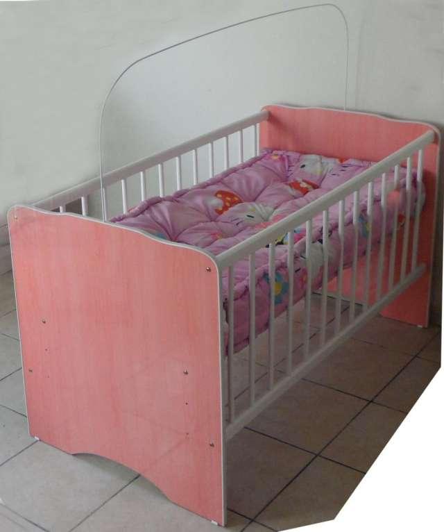 Cuna para niña con colchon y otros articulos en Santa Cruz - Muebles ...