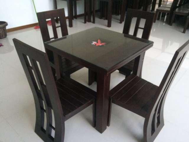 Mesa de madera y 4 sillas en La Paz - Muebles   103737