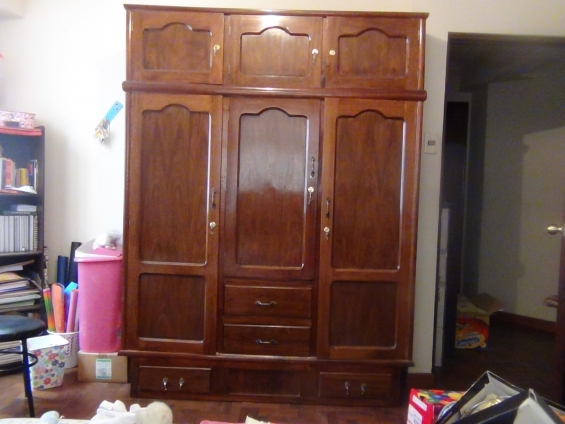Venta 3 roperos de madera - La Paz, Bolivia - Muebles