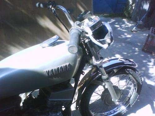 Fotos de Vendo moto yamaha 100 cc india 3