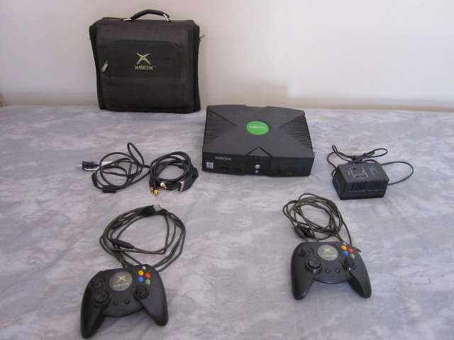 Xbox completo (anterior al 360) usado