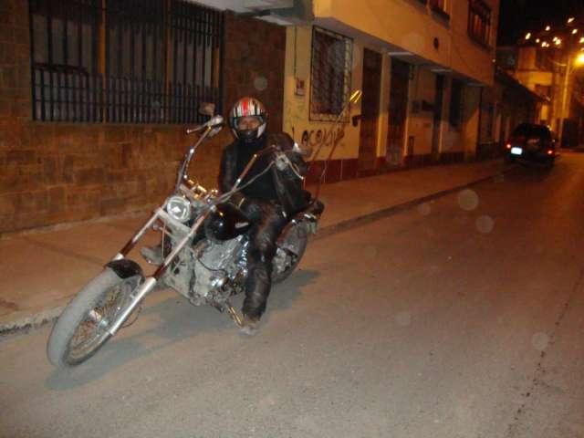 Vendo moto yamaha drag star modificada