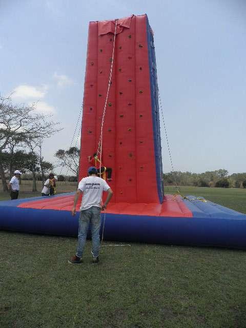 Fotos de Inflables  saltarines muro  escalar cuatrimotos  cama  elastica  pelotas  chocad 3