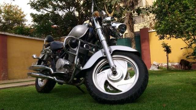Moto kingo chopera edition 250cc año 2012