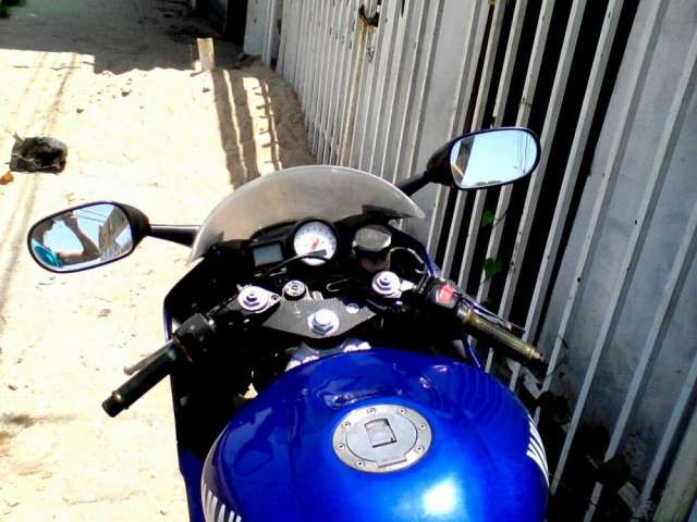 Fotos de Vendo moto yamaha modelo r6 año 2000 americana 5
