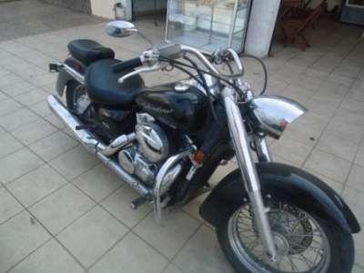 Vendo o permuto moto honda shadow año 2006 a cardan