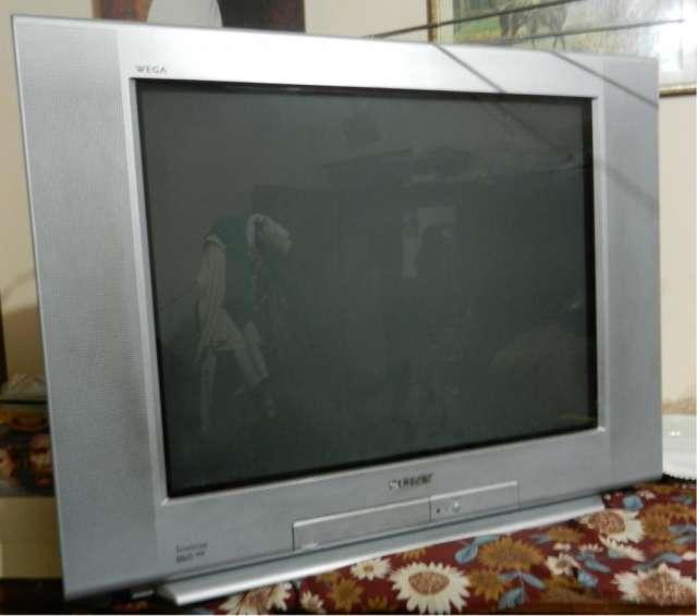 """Tv sony wega trinitron 29"""" 250dolares"""