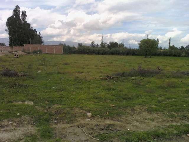 Terrenos de 998m2 y 759m2 .final america oeste cochabamba bolivia