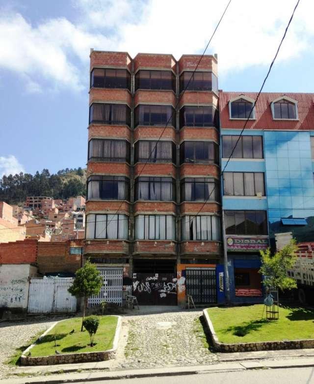 Casa en venta - villa el carmen - sobre avenida
