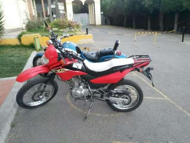 Moto Honda Xr 125 Cc Modelo 2010 En La Paz Motos 93051