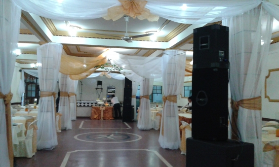 Elegantes ambientes con capacidad de 200 personas