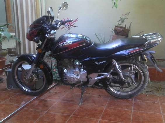 Vendo moto kingo 2009