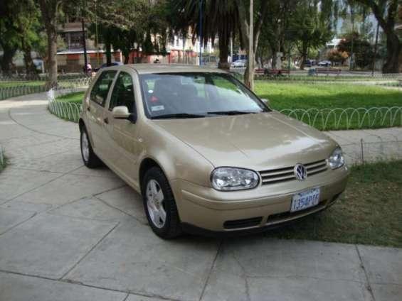 Volkswagen golf v 2.0 2001