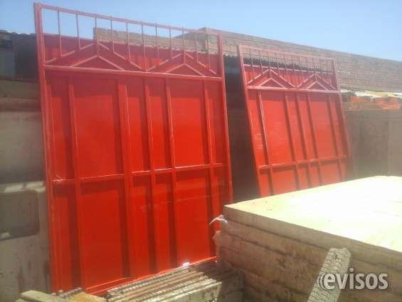 Puerta de garaje 4x2,5m chapa yale colombiana 3 golpes