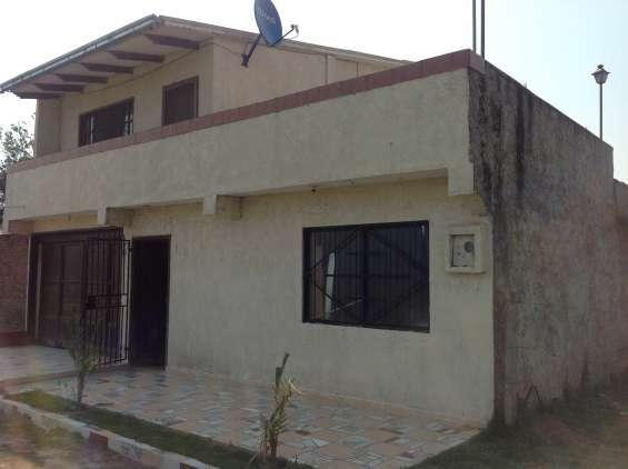 Agradable casa en venta en zona norte