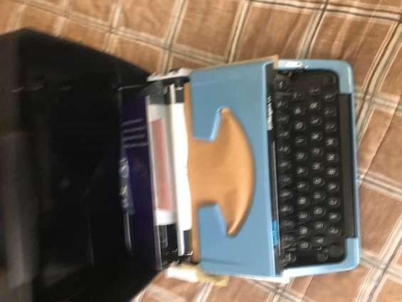 Maquina de escribir portatil brother nueva