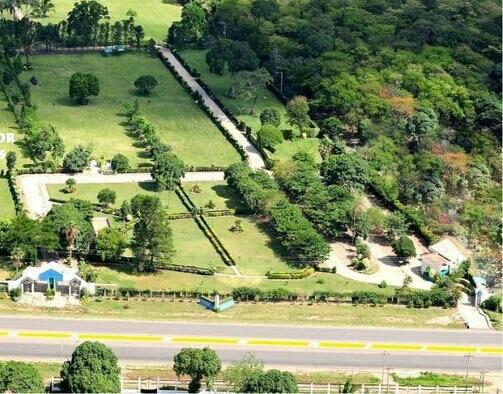 Traspaso espacio en cementerio jardín memorial park